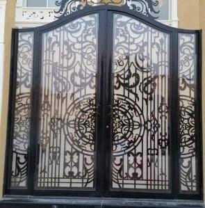 تركيب أبواب حديد بأفضل انواع الحديد