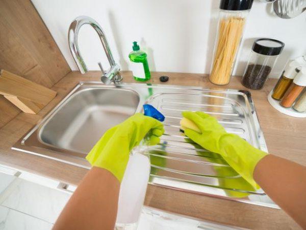شركات تنظيف منازل بمواد قويه